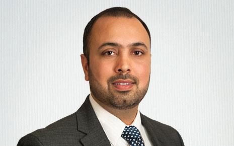 Taran Singh, Financial Analyst